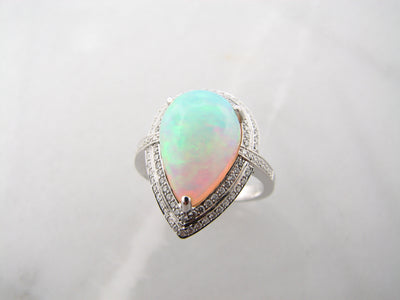 wexford-jewelers-ethiopian-fine-opal-diamond-ring
