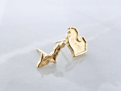 yellow-gold-upper-lower-peninsula-michigan-earring-studs-wexford-jewelers
