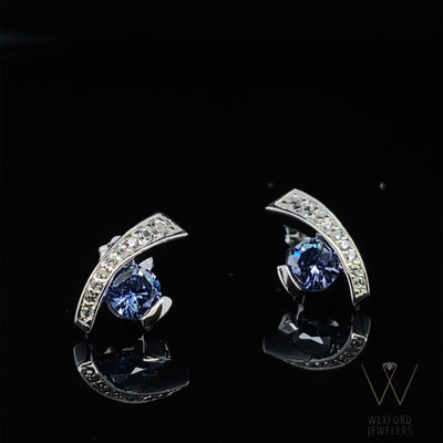 Tanzanite Sweep Earrings