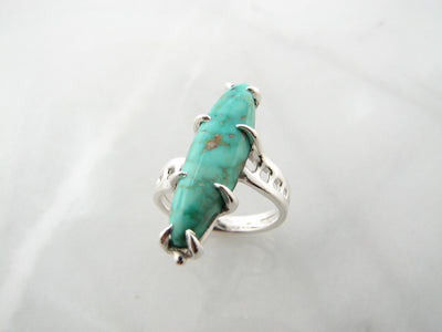 silver-rustic-oval-shaped-turquoise-ring-wexford-jewelers