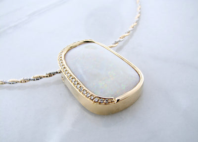 australian-opal-yellow-gold-pendant-wexford-jewelers