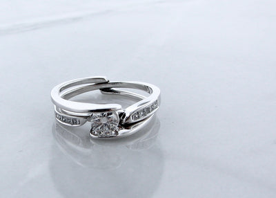 bypass-diamond-wedding-ring-set-14K-white-gold-wexford-jewelers