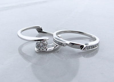 bypass-round-diamond-white-gold-wedding-ring-set-wexford-jewelers