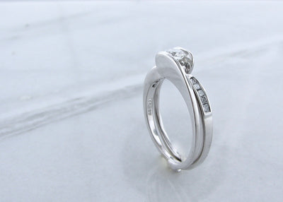 bypass-diamond-white-gold-wedding-ring-set-wexford-jewelers