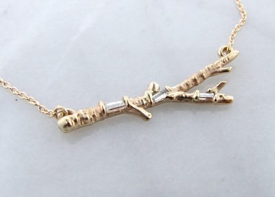 baguette-diamond-yellow-gold-rustic-split-chain-twig-necklace