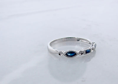 vintage-fashion-blue-sapphire-diamond-ring-wexford-jewelers