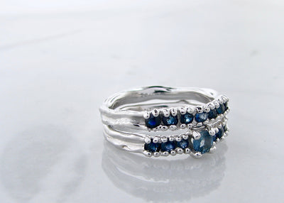 silver-sapphire-color-gradient-ceylon-blue-wedding-ring-set