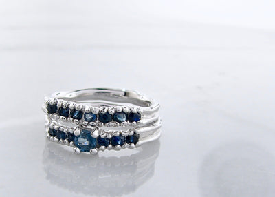 silver-ceylon-color-gradient-sapphire-wedding-ring-set
