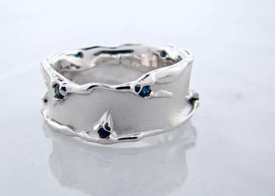 melted-silver-sapphire-mens-band-wexford-jewelers