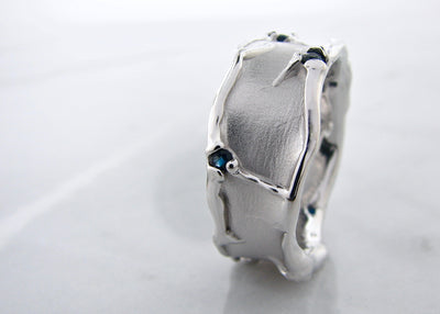 wexford-jewelers-silver-melted-sapphire-ring
