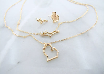 yellow-gold-michigan-necklace-wexford-jewelers-earrings