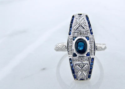 art-deco-white-gold-vintage-diamond-blue-sapphire-1920s-ring