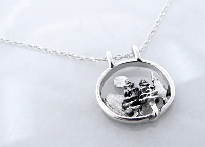 silver-necklace-moutnain-outdoors-wexford-jewelers