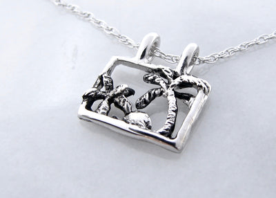 silver-palm-tree-pendant-wexford-jewelers