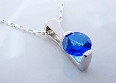 silver-blue-topaz-topaz-necklace-wexford-jewelers