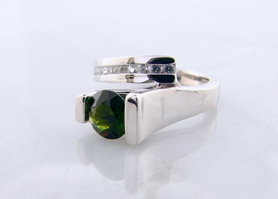 wexford-jewelers-bypass-silver-ring-green-quartz-white-sapphire-ring