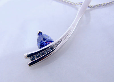 white-sapphire-tanzanite-sterlings-silver-necklace-wexford-jewelers