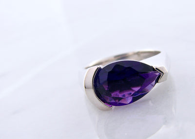 purple-amethyst-tear-drop-silver-ring-wexford-jewelers