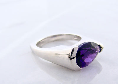 silver-purple-amethyst-ring-wexford-jewelers