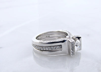 contemporary-fitted-white-gold-wedding-ring-set-wexford-jewelers