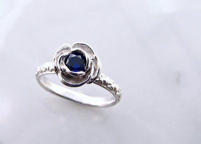 rose-stacking-silver-blue-sapphire-ring-wexford-jewelers