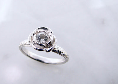 colorless-topaz-silver-rose-ring-wexford-jewelers