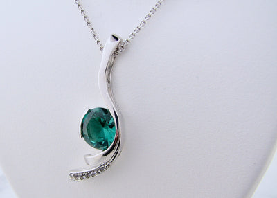 wexford-jewelers-blue-green-quartz-silver-white-sapphire-necklace