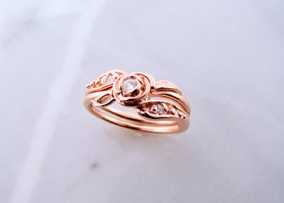 signature-rose-tea-rose-wedding-ring-set-wexford-jewelers