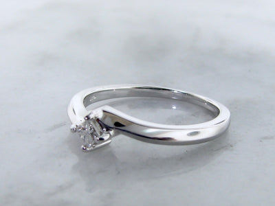 silver-princess-cut-diamond-wedding-ring-affordable-wexford-jewelers