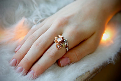 rose-gold-rosepetals-white-gold-band-curling-swirl-wedding-garden