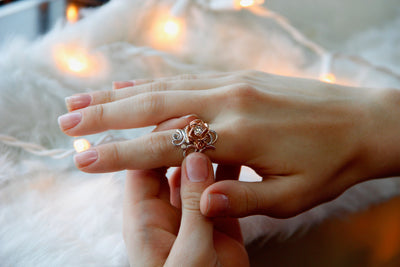 vine-viney-ring-band-roses-engagement