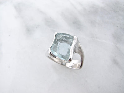 silver-bypass-aquamarine-ring-wexford-jewelers