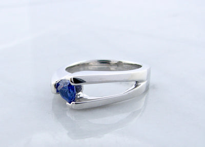 silver-bypass-trillion-cut-tanzanite-ring-wexford-jewelers