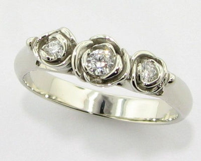 Diamond White Gold Ring, Trieste Roses II