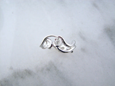 gentle-curvy-white-gold-marquise-diamond-engagement-ring