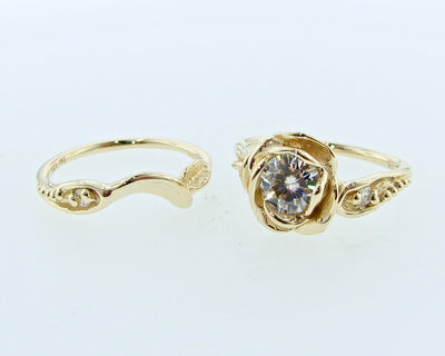 yellow-gold-wexford-jewelers-moissanite-wedding-ring-set