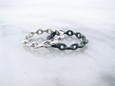 black-silver-mens-chain-ring-wexford-jewelers