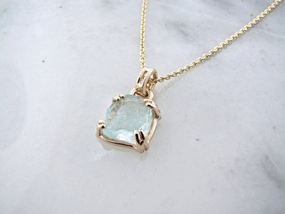 aquamarine-yellow-gold-necklace-wexford-jewelers