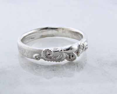 silver-octopus-ring-slender-wexford-jewelers