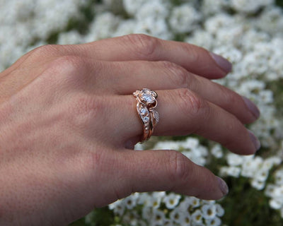 prize-tea-rose-wedding-ring-set-wexford-jewelers