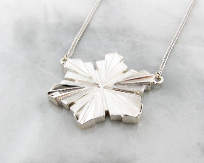 wexford-jewelers-michigan-snowfall-snowflakes-necklace