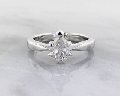 Diamond White Gold Solitaire Wexford Standard, Pear