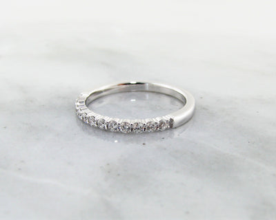 wexford-jewelers-white-gold-diamond-stacking-ring-glitter