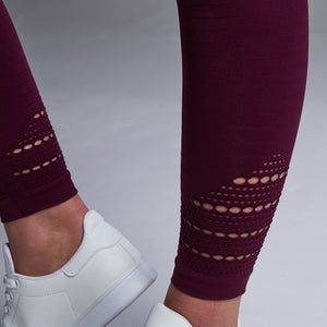 Capella Leggings in Berry