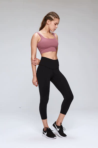 Hestia Cropped Gym Leggings in Black