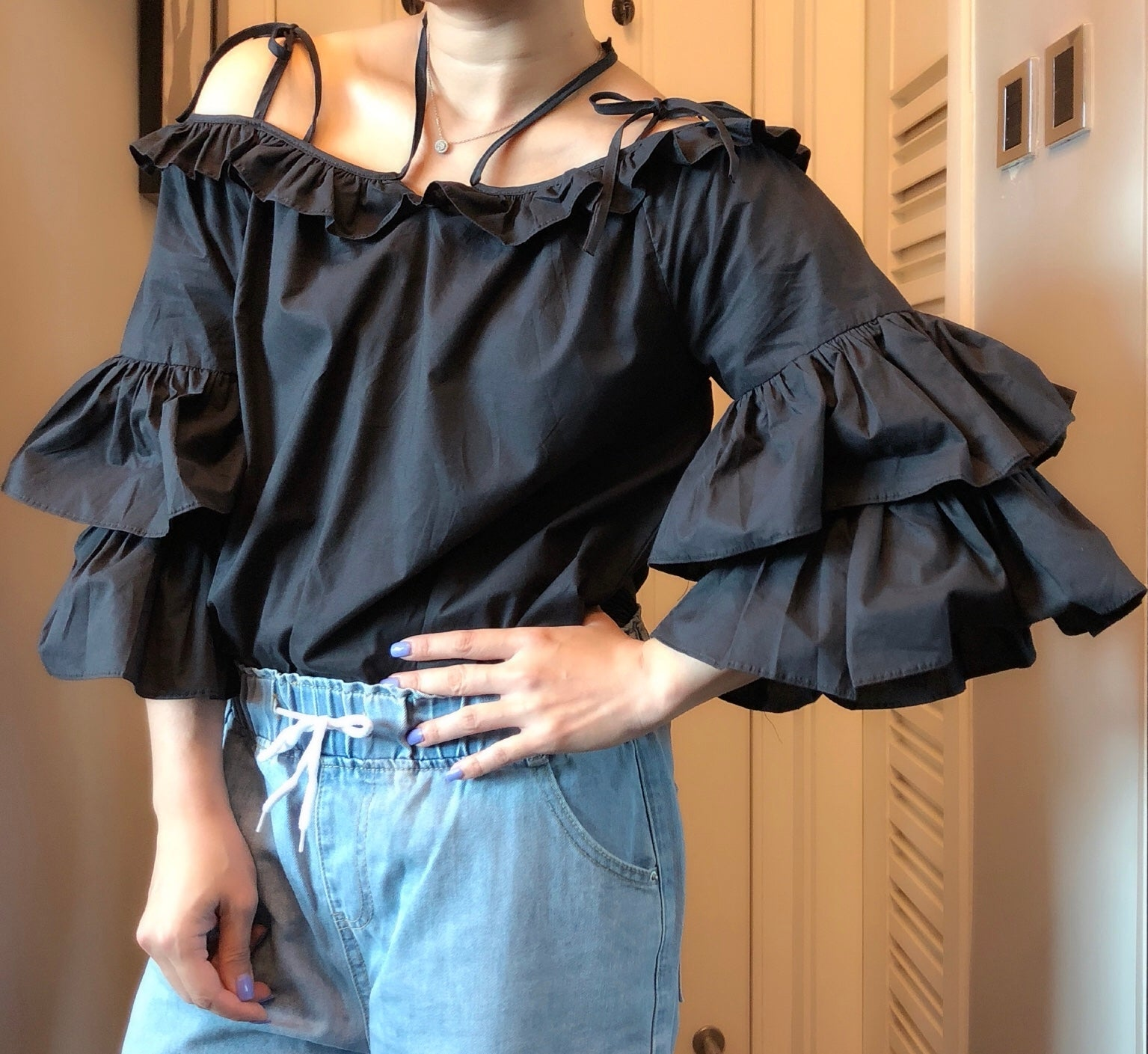 Serena ruffle layers cold shoulder tunic