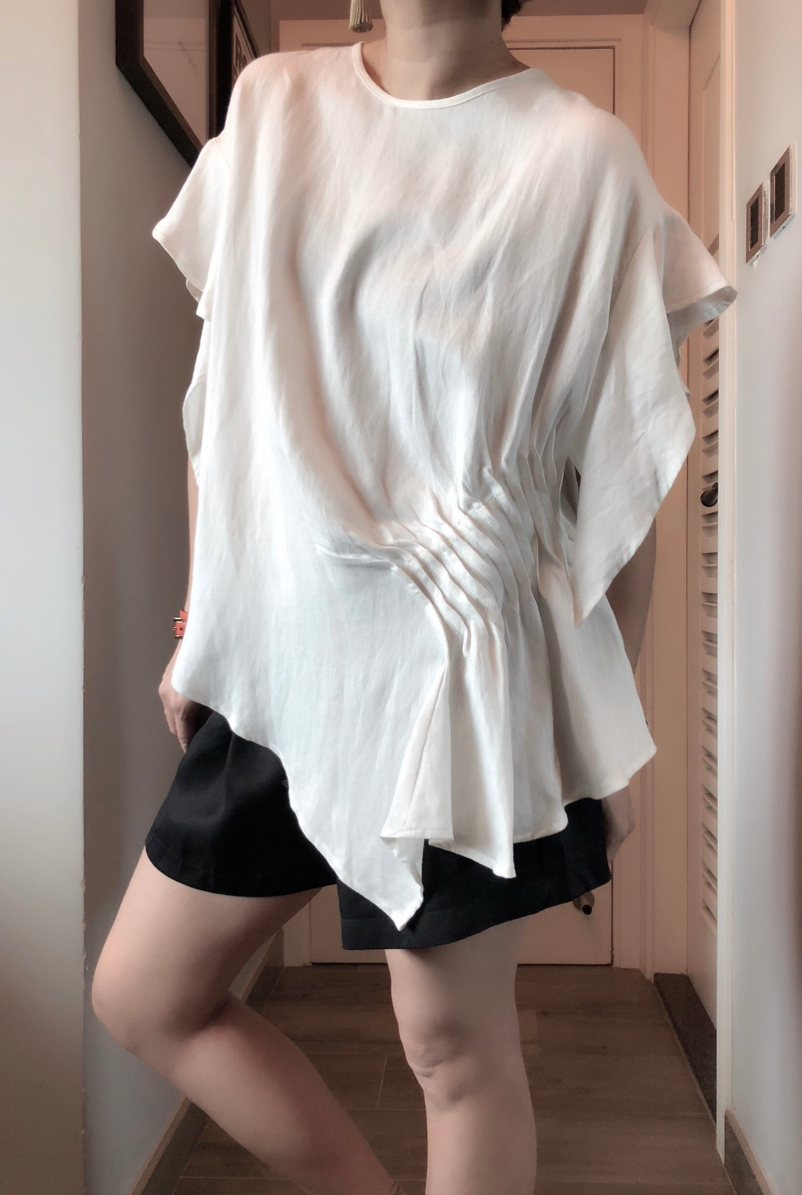 Irregular hem pleats design Linen tunic