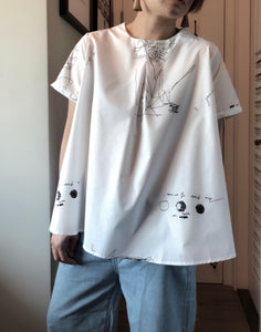 Free sketch graphic tunic top