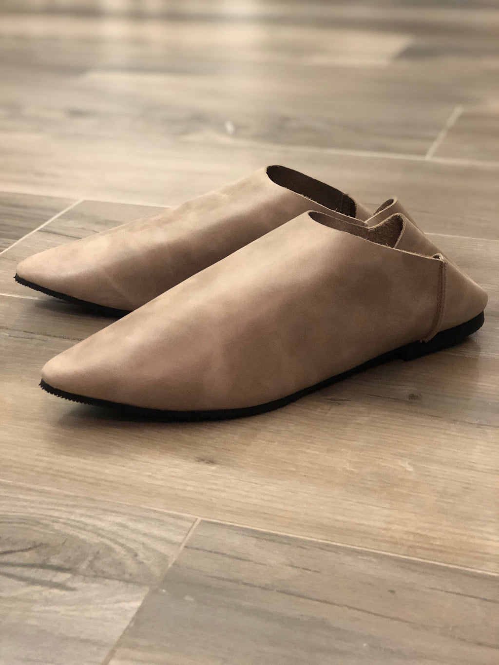 Harper leather slip on (Pre-order)