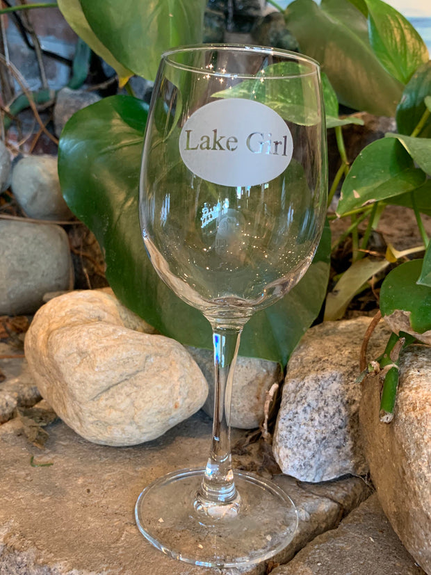 12oz Lake Girl Wine Glass.